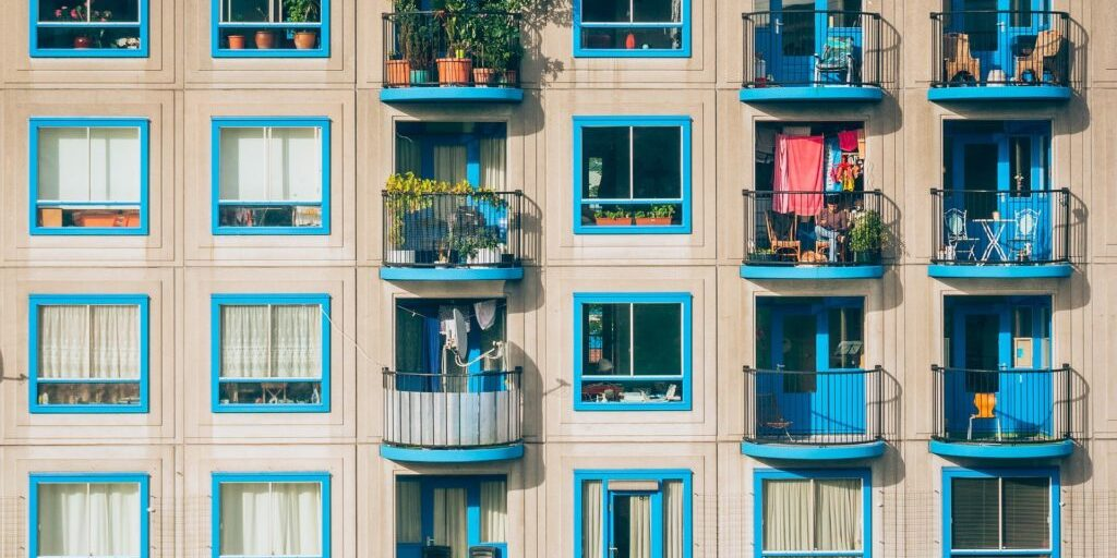 apartments-1845884_1920